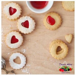 Le ricette più semplici spesso sono anche le più buone! E cosa c'è di più buono di una pasta frolla per accompagnare una buona confettura?  👉🏻 𝙝𝙩𝙩𝙥𝙨://𝙬𝙬𝙬.𝙨𝙝𝙤𝙥𝙖𝙜𝙧𝙞𝙘𝙤𝙡𝙖𝙙𝙤𝙢𝙞𝙣𝙞.𝙞𝙩/𝟲-𝙘𝙤𝙣𝙛𝙚𝙩𝙩𝙪𝙧𝙚  🍓 Azienda Agricola Domini 📞 329.4195850 📧 domini@agricoladomini.it 📍 Frazione Lateis, 19 - 33020 Sauris (UD) . . #aziendaagricola #aziendaagricoladomini #sauris #homemadewithlove #confettureartigianali #preparatidifrutta #sciroppi #nettari #infusi #piccolifruttigrandegusto #piccolifruttirossi🍓#confettura #crostatadimarmellata #confetturaextra